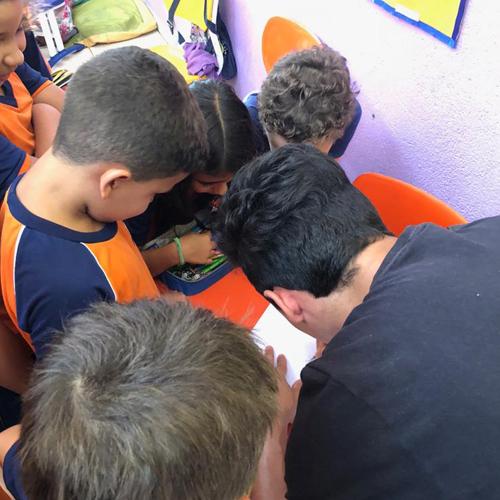Agita Pirenópolis promove bate-papo sobre comunicação com alunos da Escola Pireneus