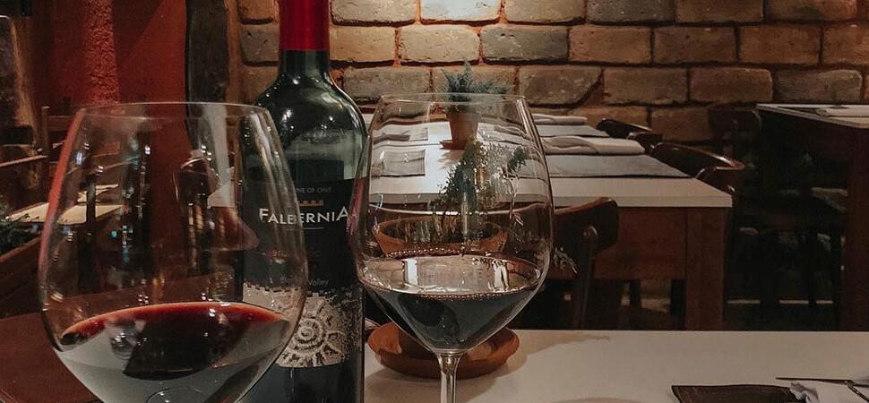 5 lugares perfeitos para curtir o friozinho de Pirenópolis - Maiale Empório e Restaurante