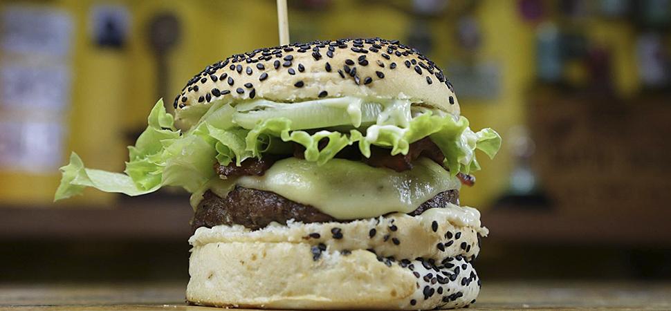 3 opções bacanas de Delivery em Pirenópolis - Container Piri Burger Grill