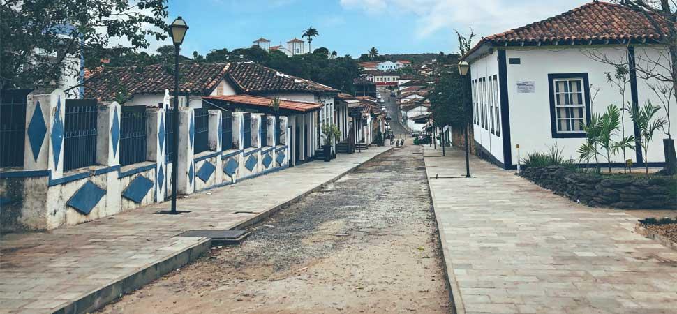 Continuam! As obras na Rua do Lazer, em Pirenópolis, estão a todo vapor.