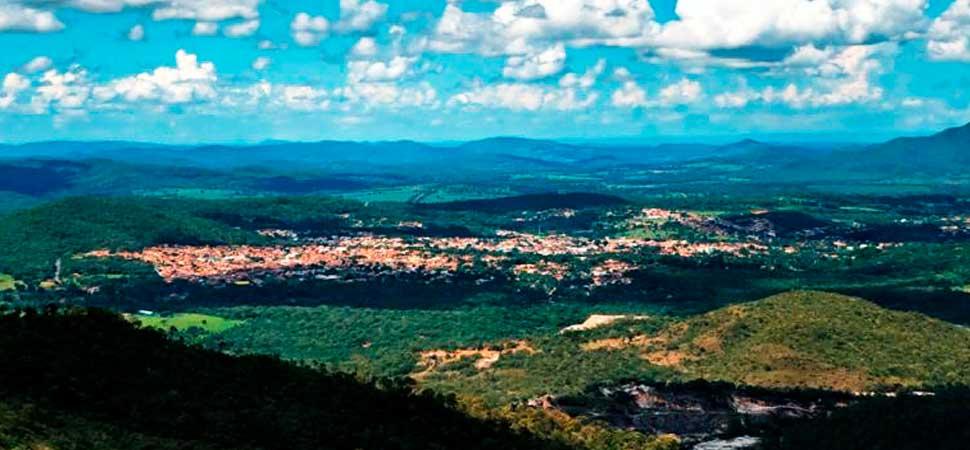 A ação tem o objetivo evitar a propagação do coronavírus em Pirenópolis - Vista da cidade a partir do Mirante.