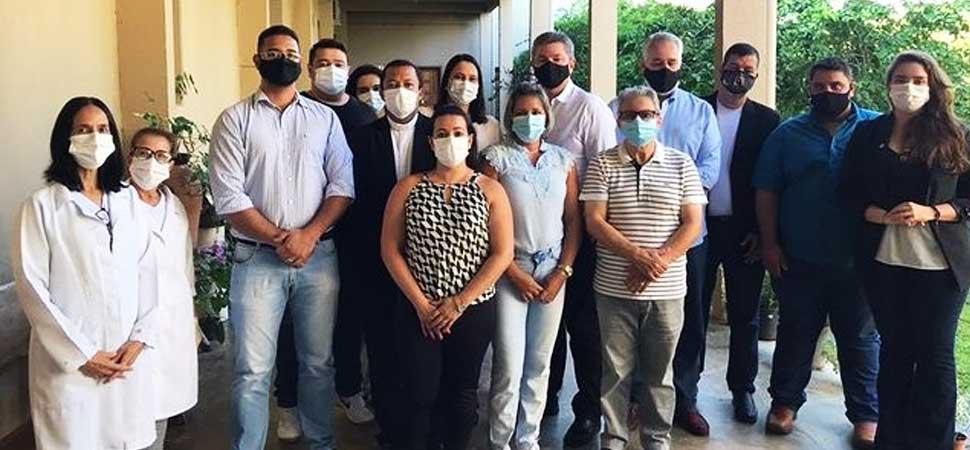 Primeira semana de vacinação contra o novo coronavírus em Pirenópolis - autoridades